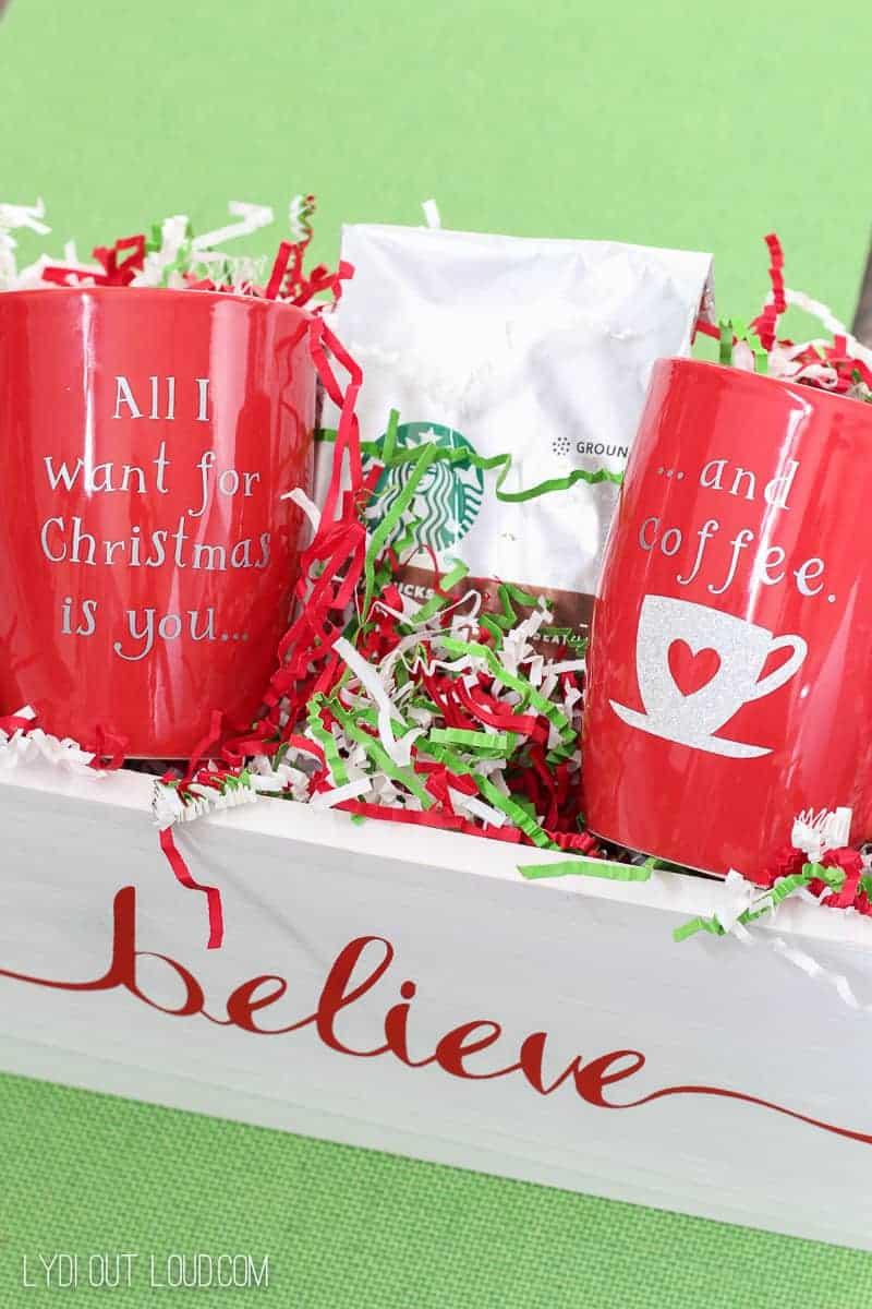 Cricut Explore Air 2 Christmas Mugs