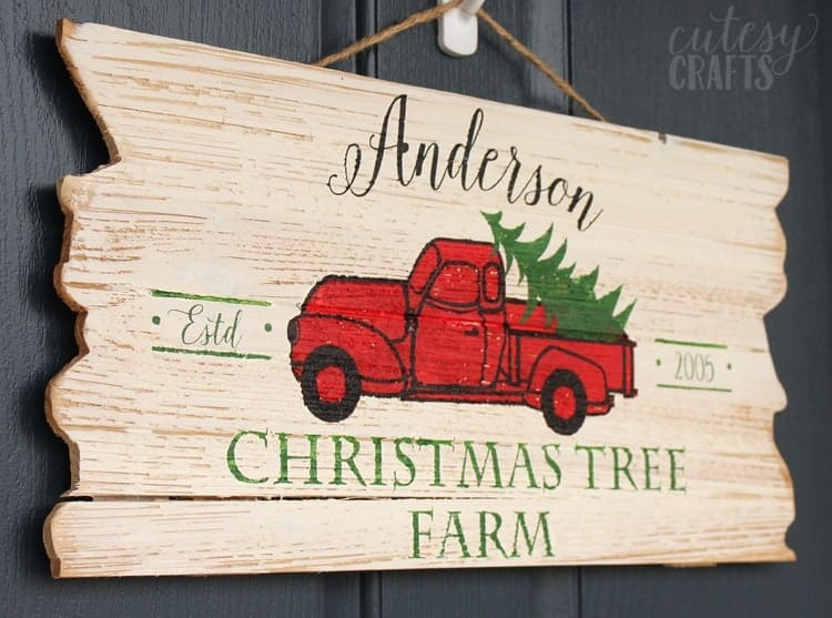 wood sign ideas with the Cricut Maker