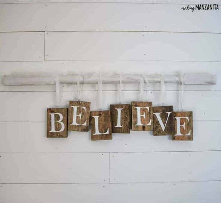 wood decor signs for Christmas