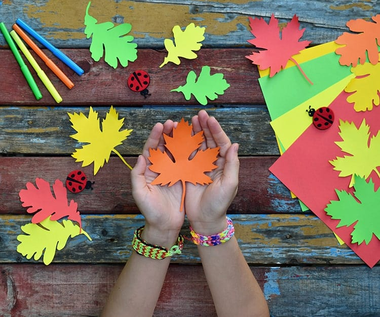 Easy fall crafts for kids with leaves