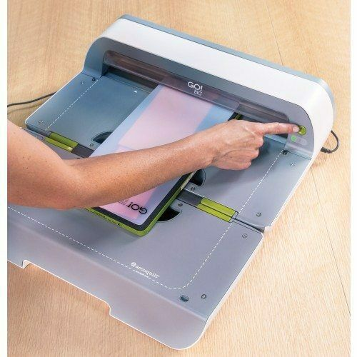 Accuquilt go big fabric cutter review