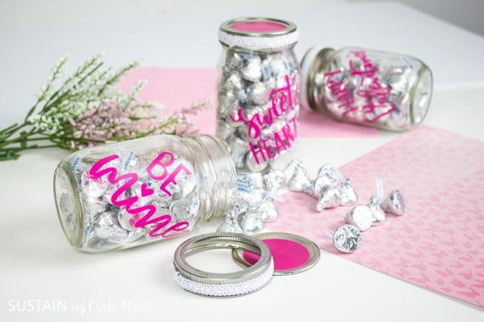 Cricut-Valentines-DIY-Candy-Jar-10