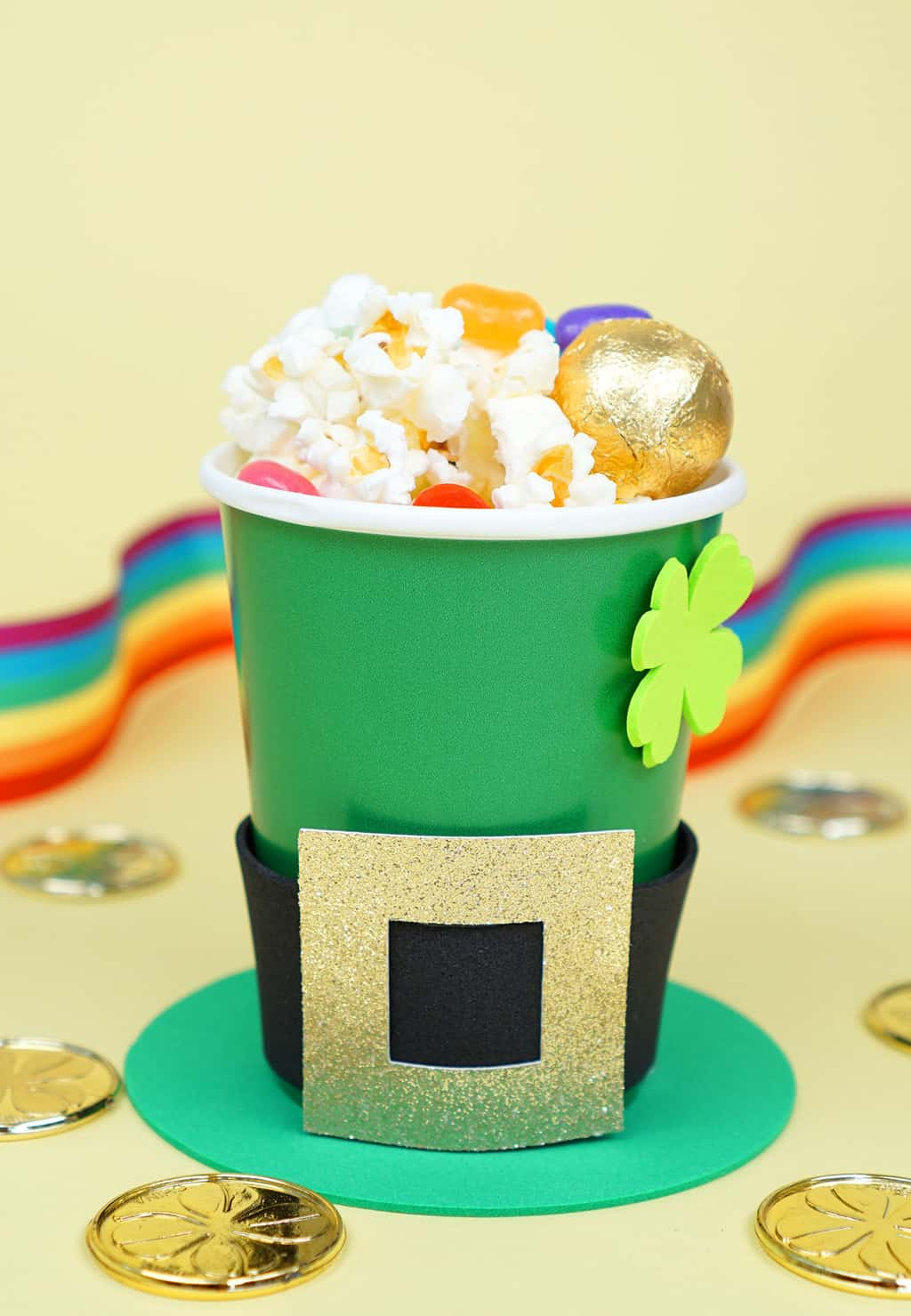 Treat-Cups-for-St-Patricks-Day-Leprechaun-Hats