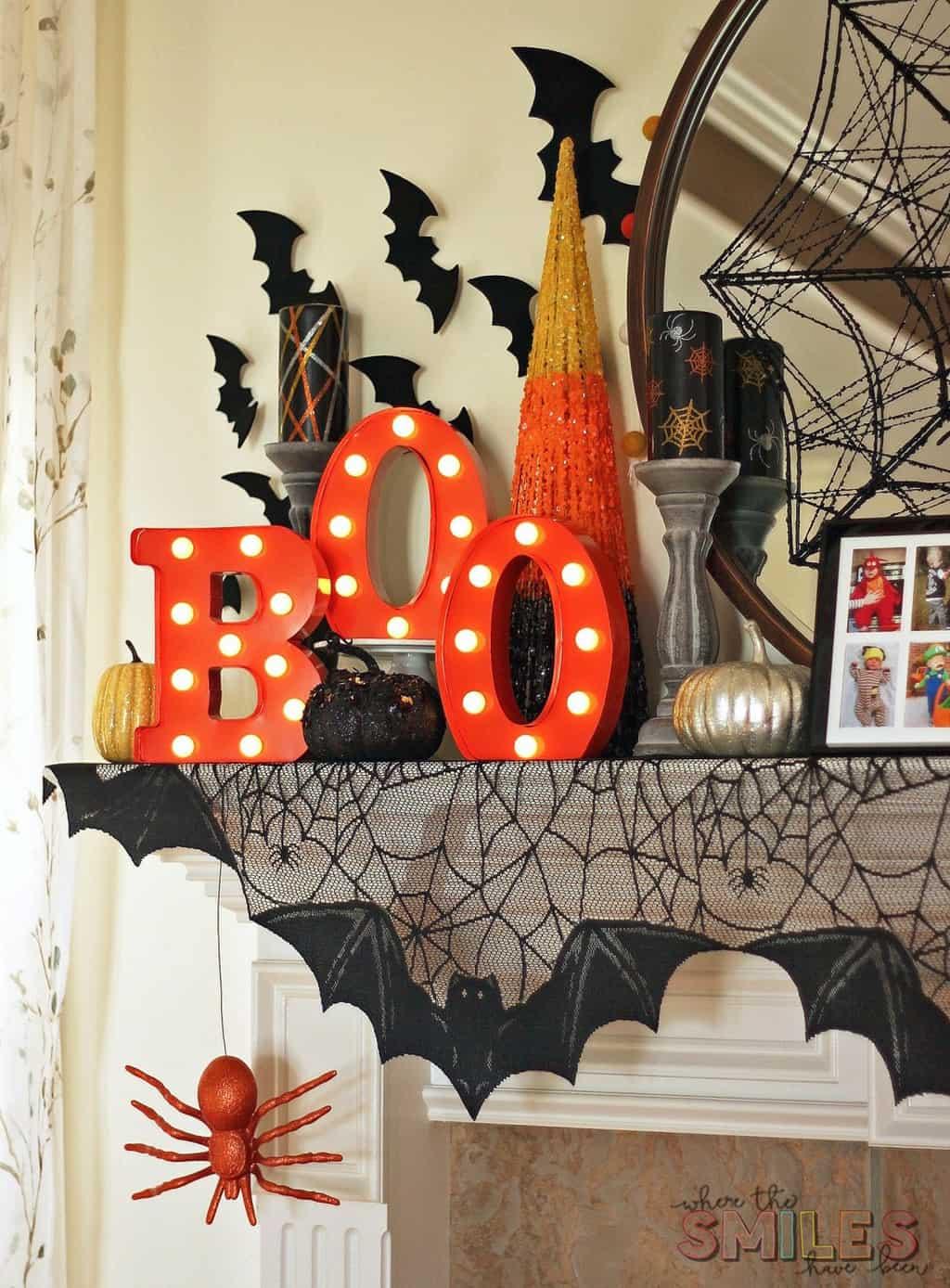DIY Halloween Candles Using Vinyl