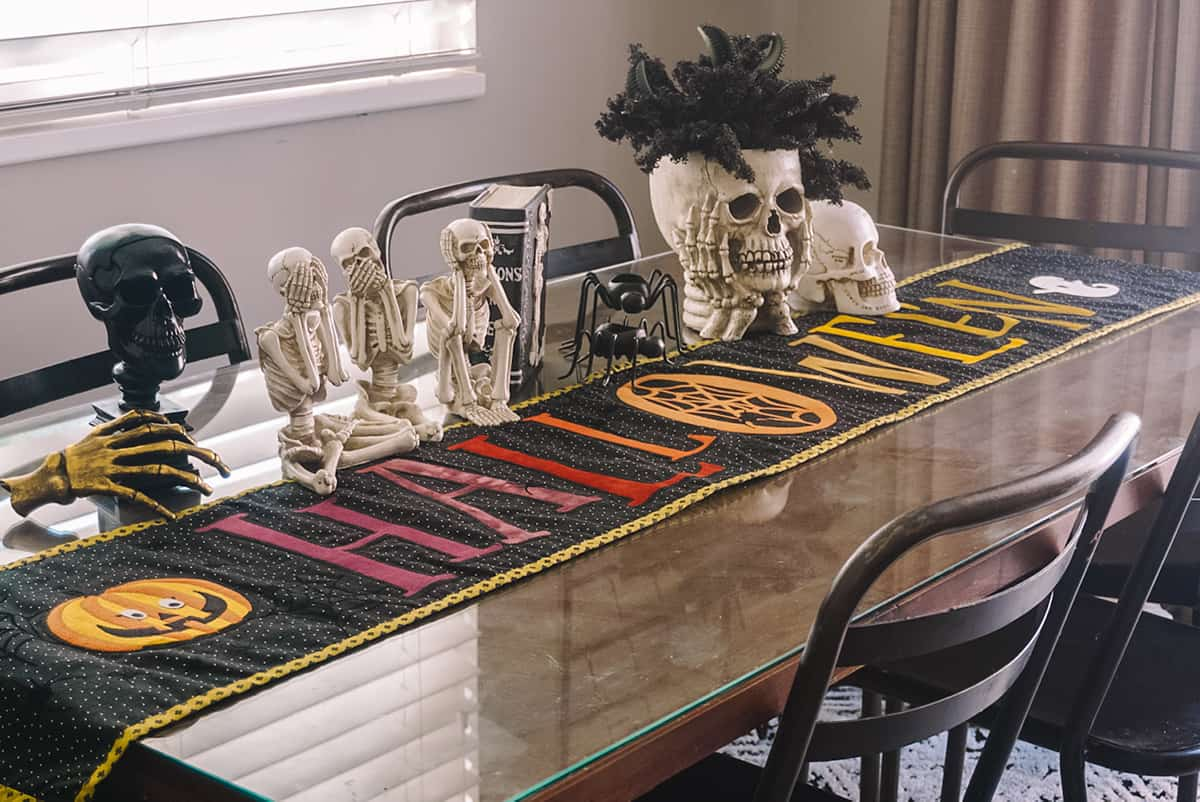 DIY Halloween Table Runner