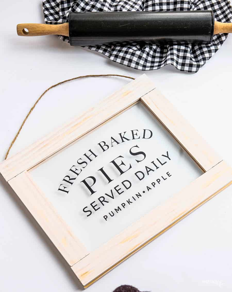 Fresh-Baked-Pies-Sign-19