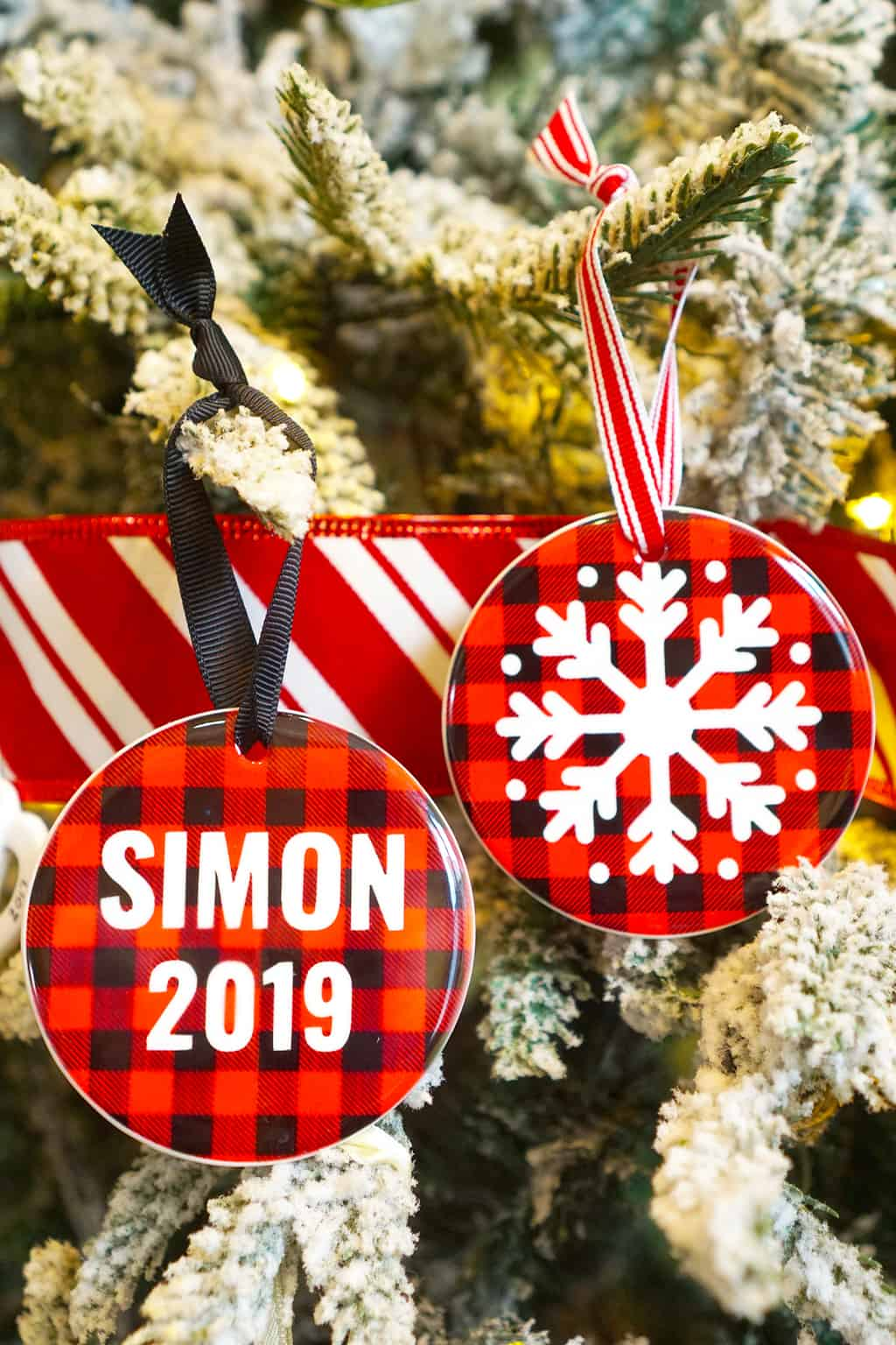 Personalized Christmas Ornaments with Cricut Infusible Ink