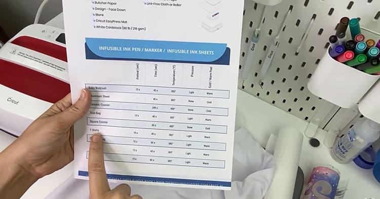Cricut-Cheat-Sheet-Book-Temperature-Page