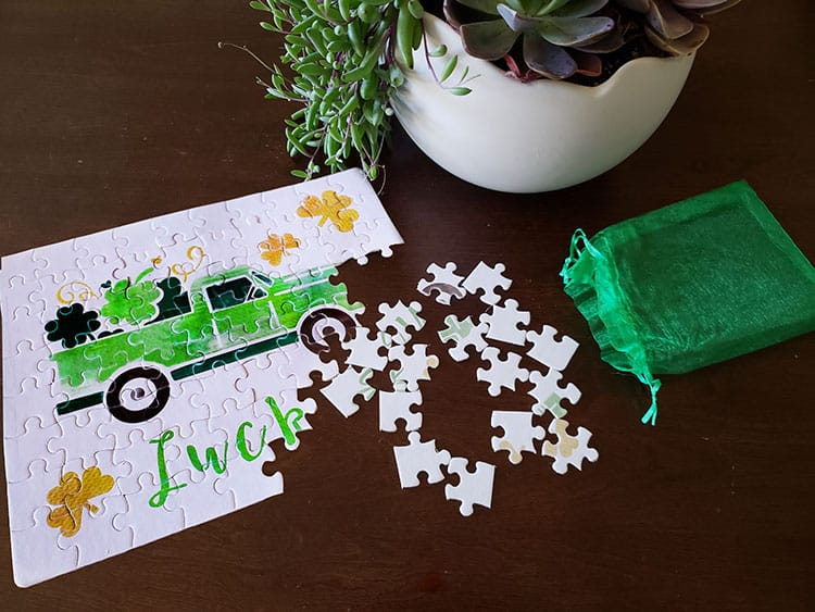 Feature-How-to-Create-a-Cricut-Infusible-Ink-Puzzle