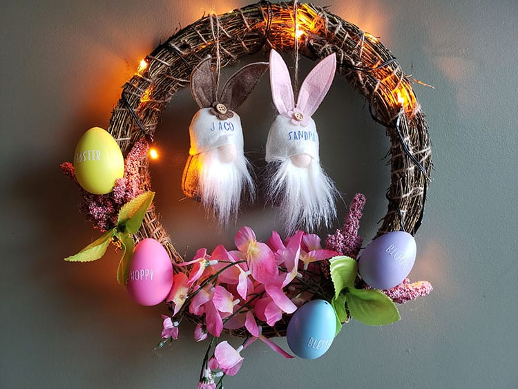 Feature-How-to-Make-an-Easter-Wreath-with-Eggs-and-Adorable-Gnomes