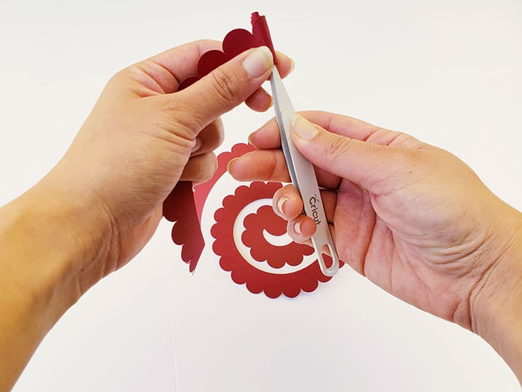 How-to-create-Cricut-Paper-Flowers