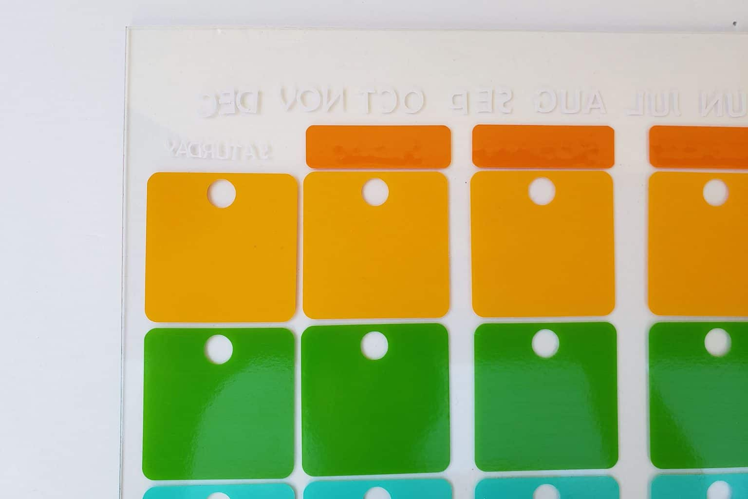 How-to-make-your-own-wall-calendar