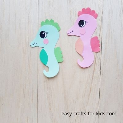 How-to-Make-Seahorse-from-Paper