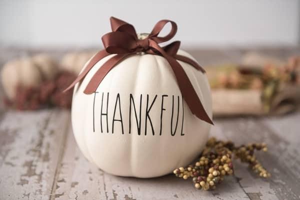 thankful-thanksgiving-cricut-pumpkin